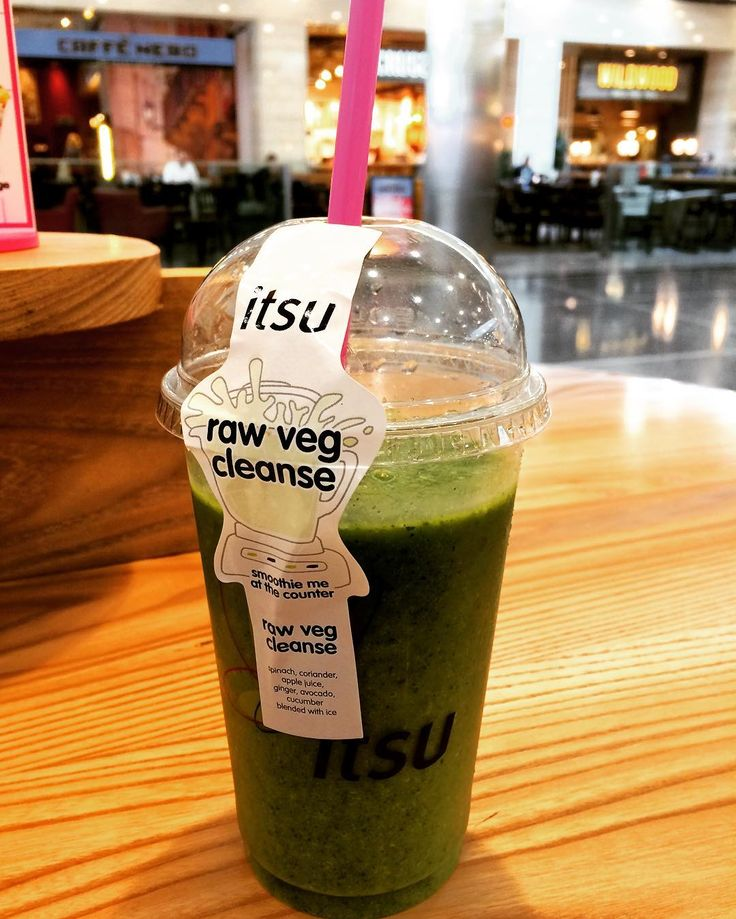 #dieta #break #healthy #food #eatclean #green #fitness #lifestyle #beauty #smoothie #rawvegan #cleanse #vegetable #merenda #dieta #frullato #bontà #solocosebuone #relax #afternoon #dayoff #itsu #canarywharf #vsco #vscocam by federica_causero