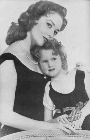 Patrice Wymore Flynn And Her Daughter Arnella Roma Flynn