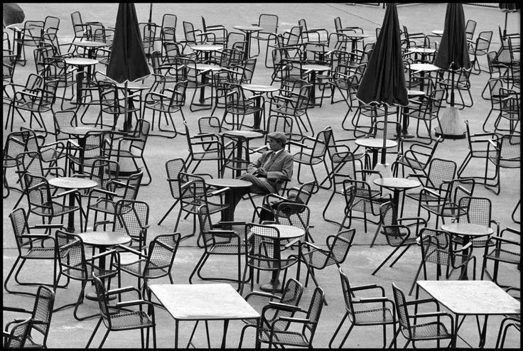 Leonard Freed NETHERLANDS. Amsterdam. 1964. Waiting at the airport.  Magnum Photos Photographer Portfolio