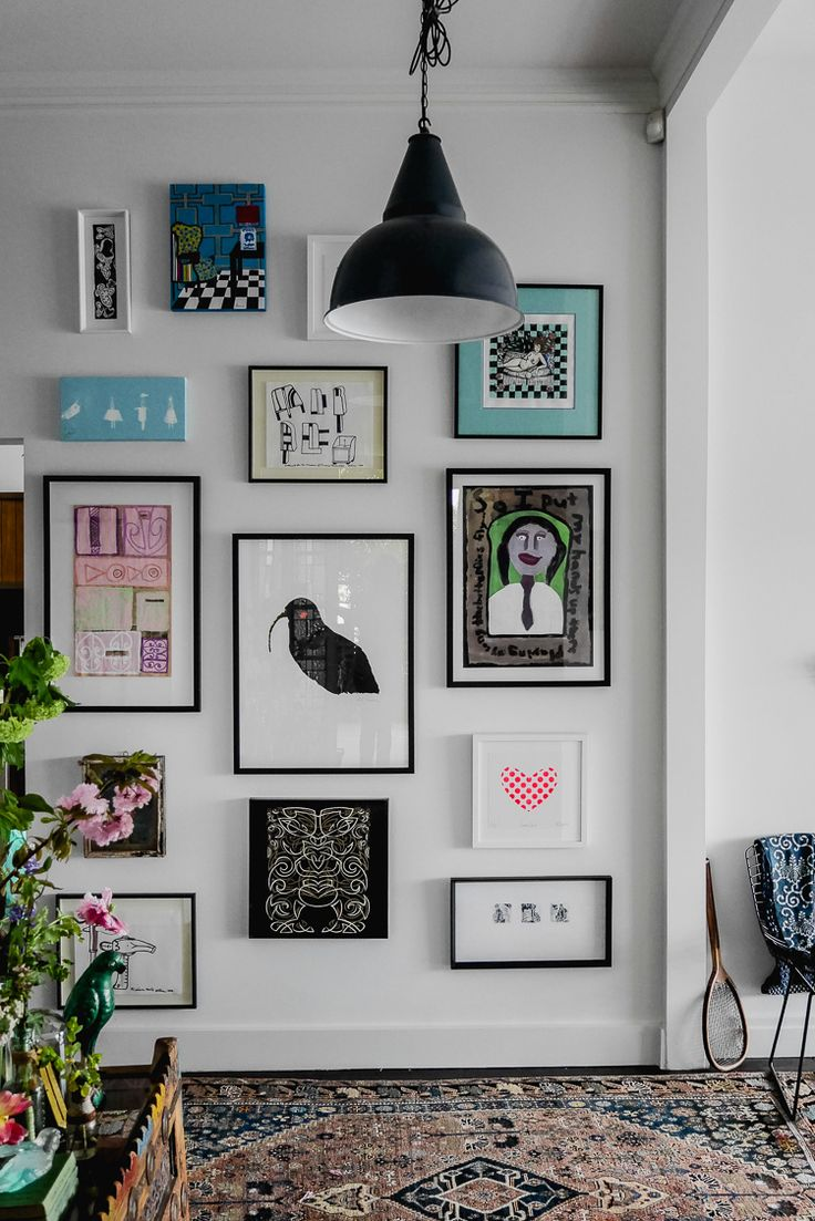 hanging a gallery art wall | http://perfectlyimperfectliving.com/interiors/hanging-a-gallery-art-wall/