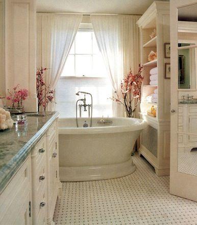 <3  cream bathroom with blue/green granite