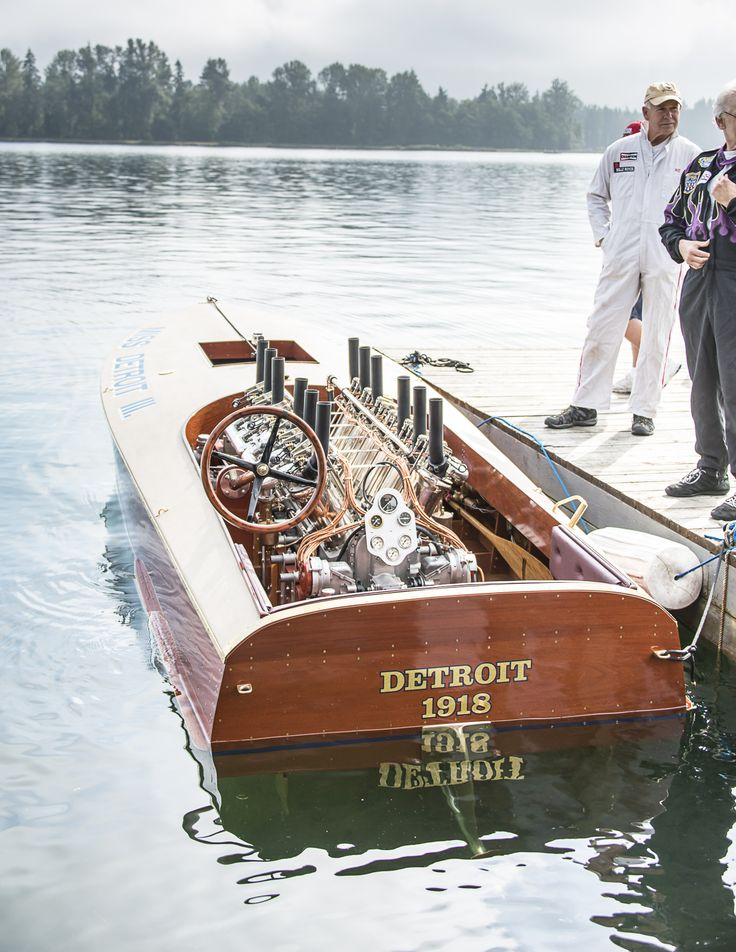 1916 Curtiss engine on 1918 Miss Detroit III boat