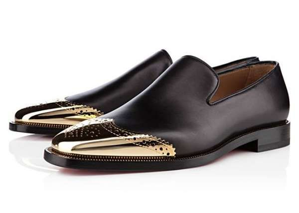 Gold tipped dress shoes by Louboutin! #fashion #amazing #menswear #shoes #mensshoes #louboutin #gold #style