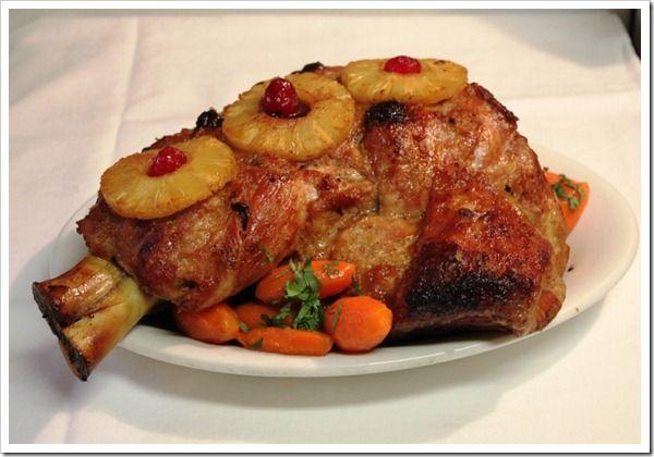 Baked pork leg-Pierna de Puerco1