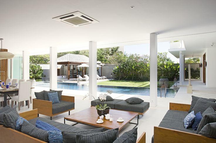 Villa Cendrawasih Bali  http://prestigebalivillas.com/bali_villas/villa_cendrawasih/50/reservation_and_rate/