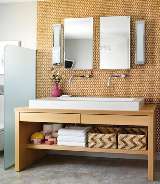 corked walls | @meccinteriors | design bites | #bathroom #cork #corkwalls