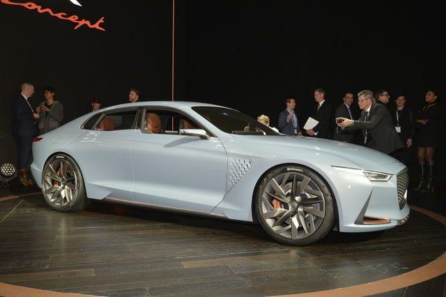 La Genesis G70 si prepara al debutto