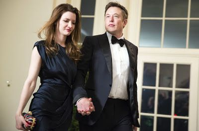 billionaire elon musk actress wife seeking divorce