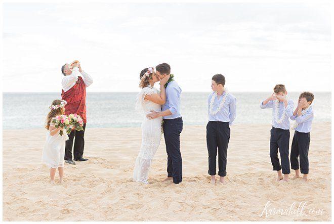 A Family Affair Anna Danny S Oahu Vow Renewal Hawaii Wedding