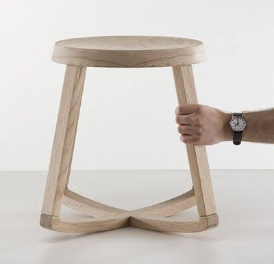 Monarchy stool