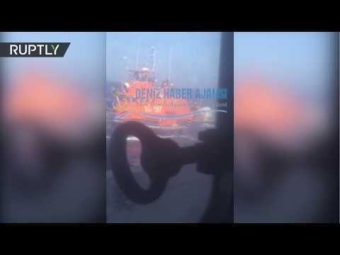 Un barco guardacostas griego abre fuego contra un carguero turco en el mar Egeo