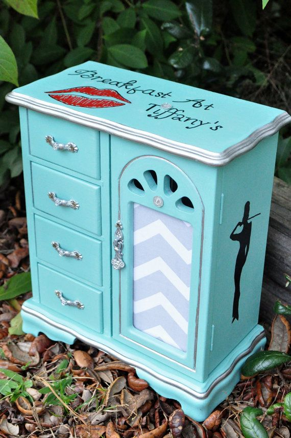 Audrey Hepburn Jewelry Box. Breakfast at Tiffany's. Red lips. Hand Painted Jewelry Box. DIY. Custom. Tiffany Blue.