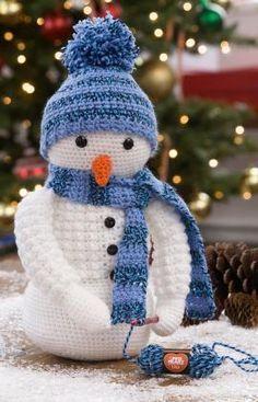 Crochet Snowman Free Crochet Pattern in Red Heart Yarns (UK terms)