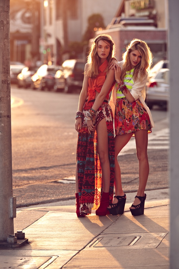 Gypsy Junkies. Girls on the right's skirt is a little short...but I'm loving the overall look.