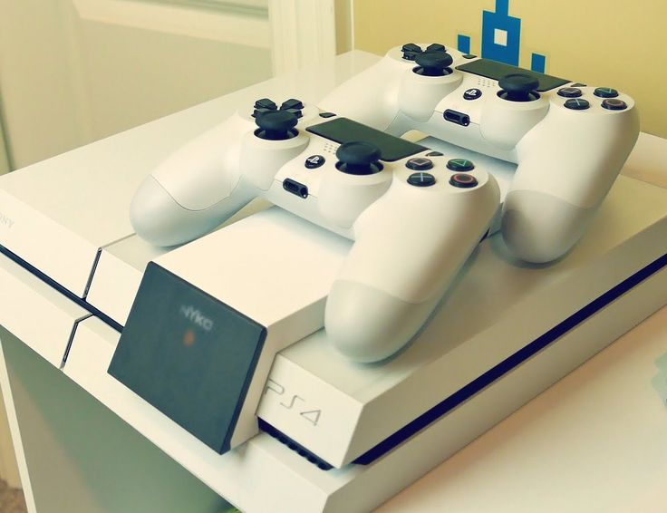 Nyko Modular #ChargeStation for PlayStation 4 http://thegadgetflow.com/portfolio/nyko-modular-charge-station-for-playstation-4/?utm_content=bufferba812&utm_medium=pinterest&utm_source=pinterest.com&utm_campaign=buffer Charge your #PS4Controllers in an easy way!
