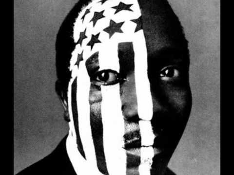 langston hughes i too sing america essay Read by langston hughes langston hughes (1902 - 1967) ๑۩۩๑ i, too, sing america i am the darker brother they send me to eat in the kitchen.