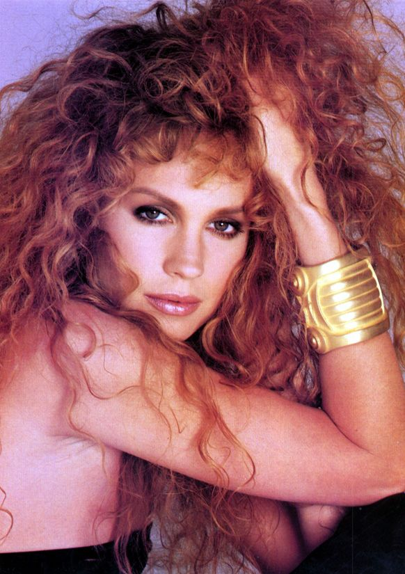 Rosie Vela: Girl Model, Rosie Vela, 80 90 S Models, Bang Styles, Favorite Models, 1990 S Supermodels, Hair, Photo