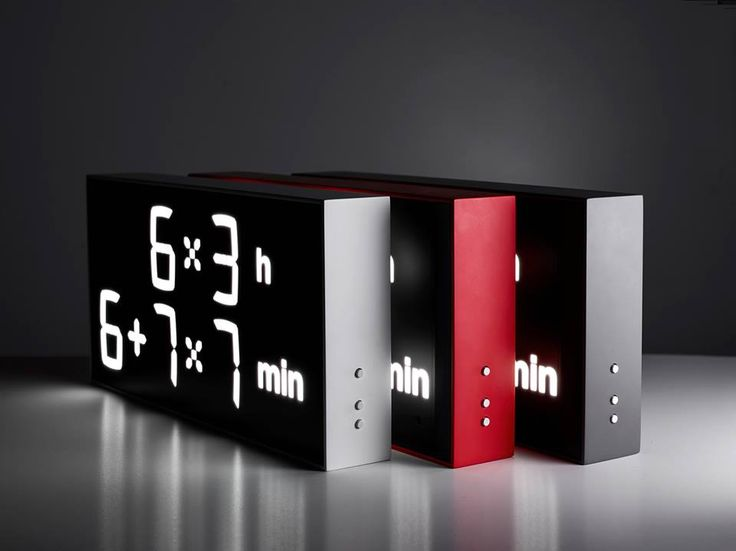 The Albert Clock by designer Axel Schindlbeck requires users to calculate the time by displaying the hours and minutes as mathematical expressions. The added steps can help keep the brain active wh…