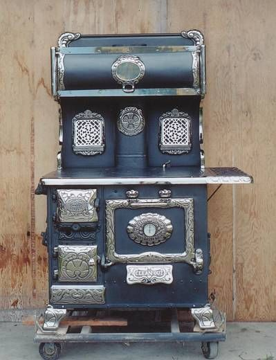 Antique Cook Stoves for Sale | another 1910 square model i e no reservoir