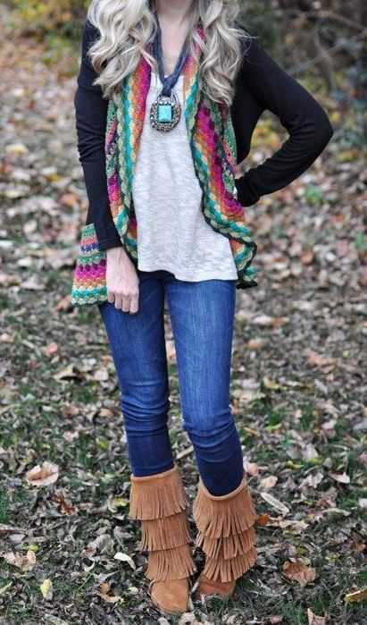 Love this Minnetonka boots. Get the boots from Cavenders