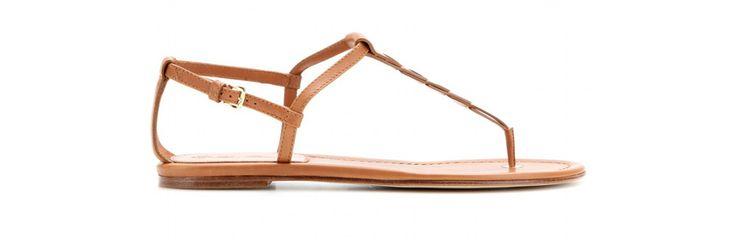 Loro Piana http://www.vogue.fr/mode/shopping/diaporama/shopping-sandales-du-printemps-ete-2014/19097/image/1007783#!loro-piana-cuir-naturel-shopping-sandales-ete-2014