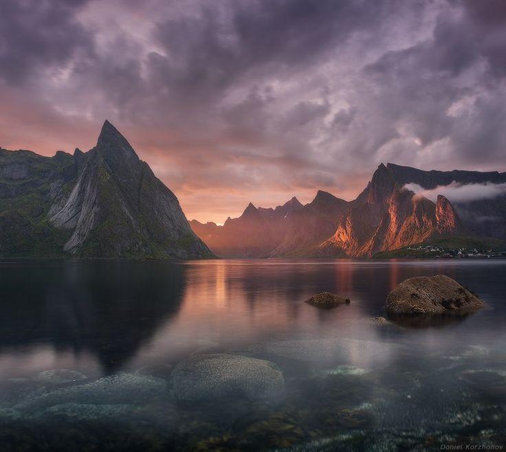 Озеро со скалой (807×722)