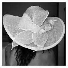Oltre 25 fantastiche idee su cappelli da sposa su for Cappelli per matrimonio