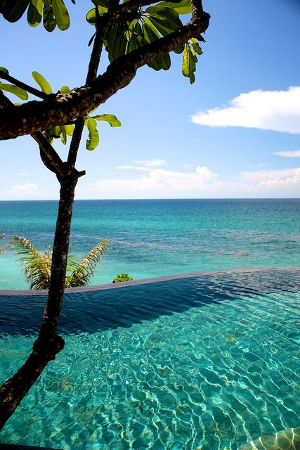But I wanna swim here now!!!! Bali, Indonesia