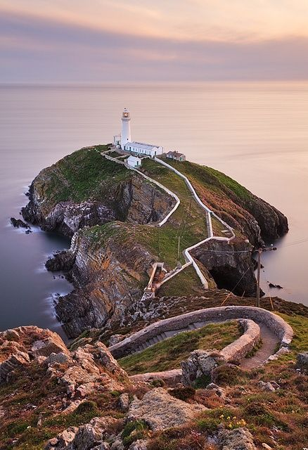 South Stack #Lighthouse - Anglesey, #Wales http://www.vacationrentalpeople.com/vacation-rentals.aspx/World/Europe/UK/Wales/ http://www.roanokemyhomesweethome.com