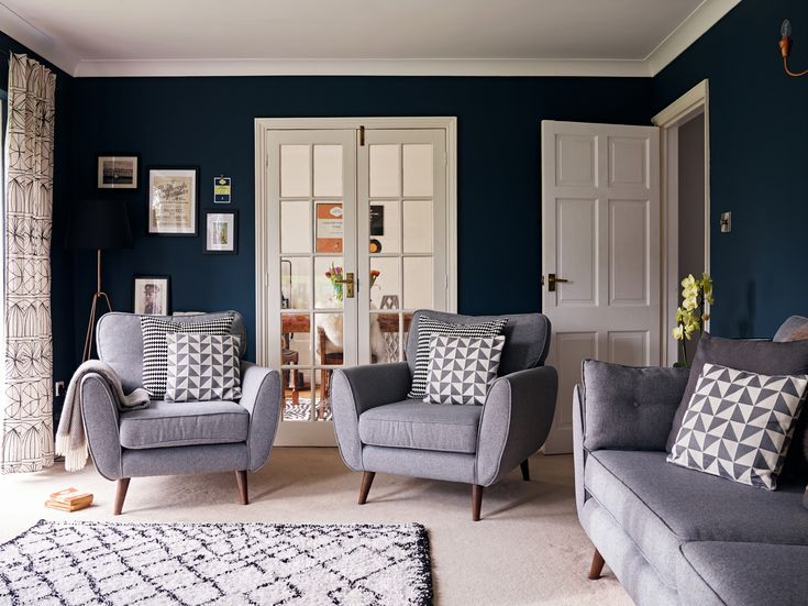 Her grey Zinc sofa is the centrepiece to the room, and Lucinda used this as a base to build the other elements around | Nest Twenty Eight | #mydfs | French Connection Zinc | #myfrenchconnection