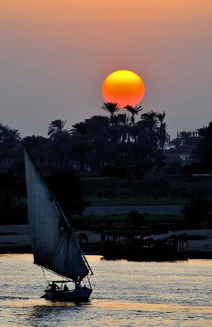 """Sunset over the Nile, Egypt - It must have looked the same way back when, with the punt boats? """"punt""""  I think that's right, anyone know?"""