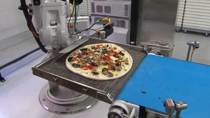 Et nystartet amerikansk firma har automatiseret pizzabageriet i kampen om kunderne.