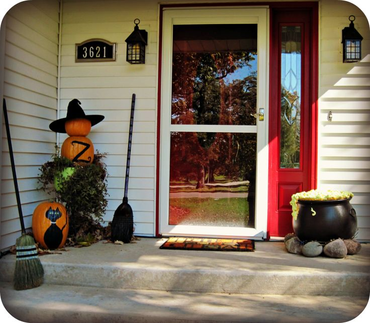 Outdoor halloween decorations holiday decor pinterest for Pinterest halloween outdoor decorations