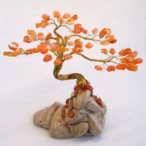 Дерево счастья из сердоика