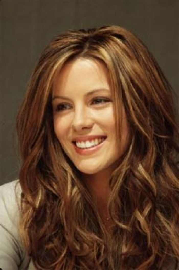 brown hair with blonde and caramel highlights calls honey brown hair color couleur cheveux miel - Coloration Caramel Dor