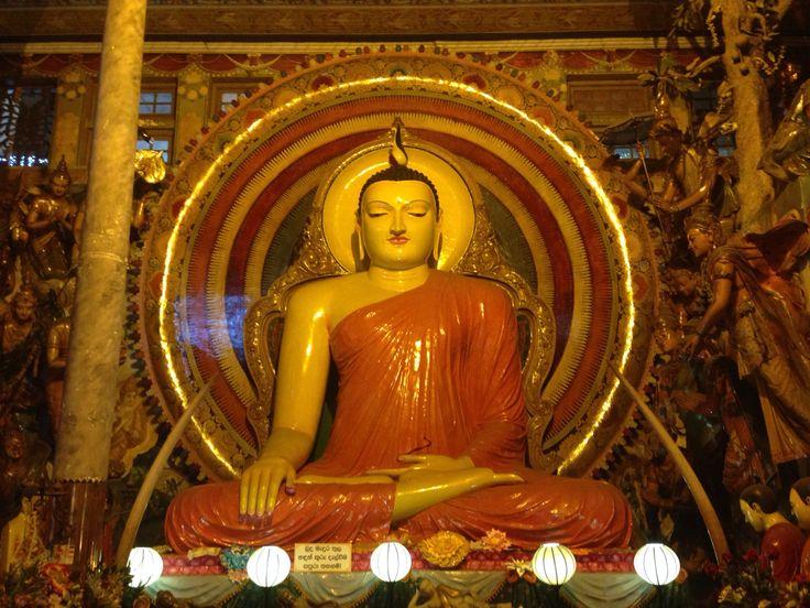 Buddha at the Gangaramaya temple, Colombo