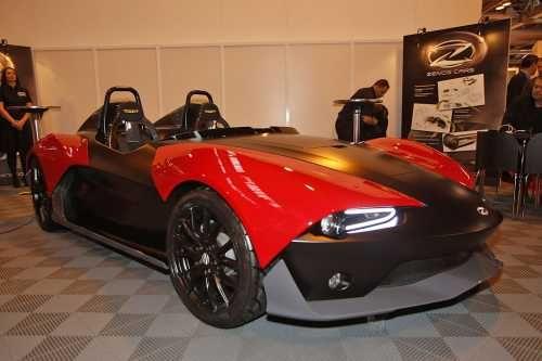 Бывшие руководители Caterham представили собственный спорткар. Бывшие боссы Caterham, Ансар Али и Марк Эдвардс, основали собственную компанию Zenos Cars. И на этой неделе, на моторшоу Autosport International в Бирмингеме, представили свой, пока единственный, спорткар — это спидстер Zenos