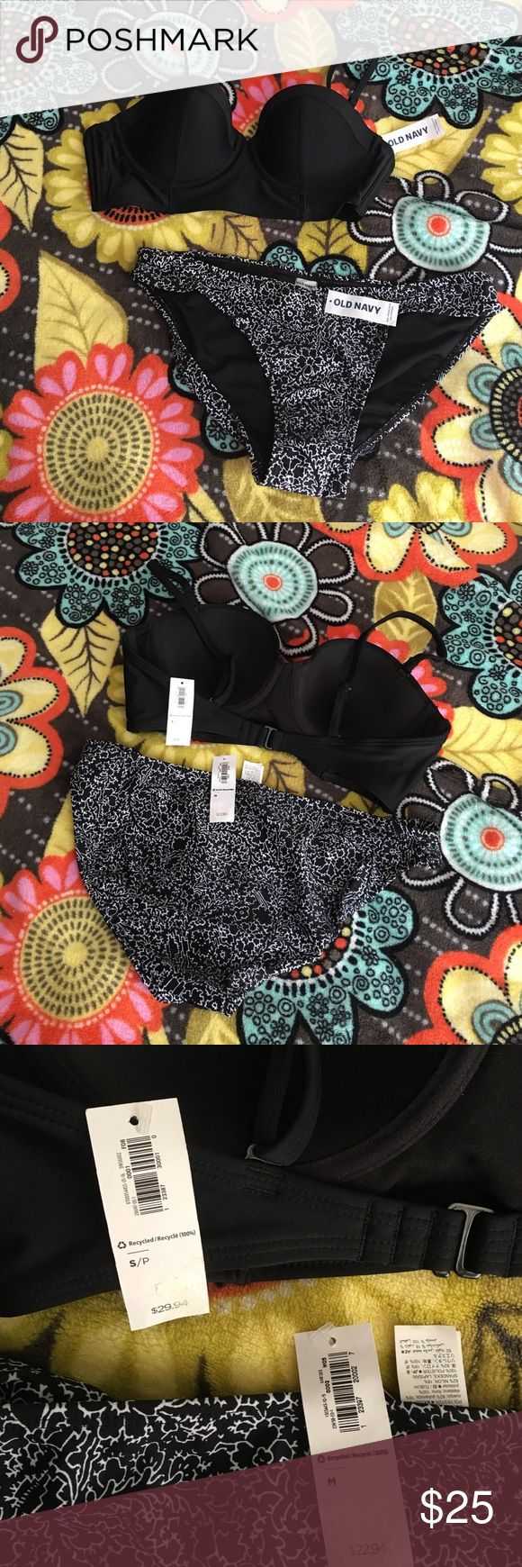 Old Navy Bikini Set Both NWT and bottoms still have hygienic liner.  • Top-S and has underwire (could prob fit as a medium) Bottoms-M • MAKE AN OFFER; Top retails at $29.94 and bottoms retail at $22.94. Old Navy Swim Bikinis