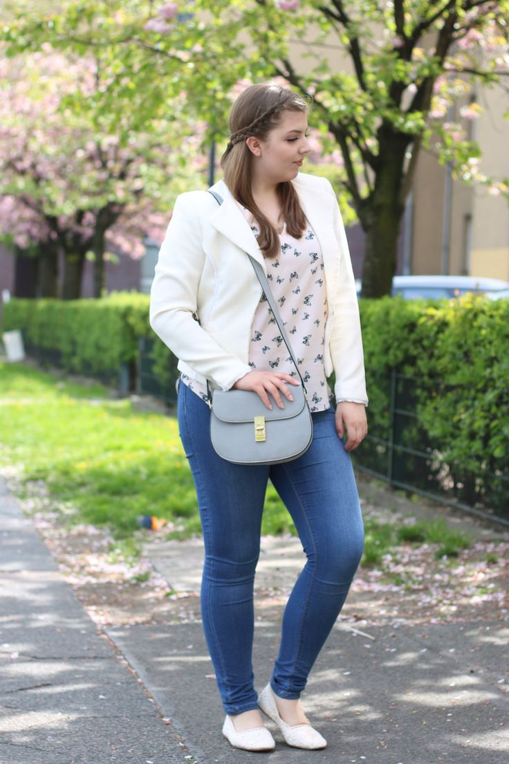Frühlingsoutfit_Outfit Spring_Buffalo Bag_granny Shoes_Schmetterlingsbluse_Fashionblogger