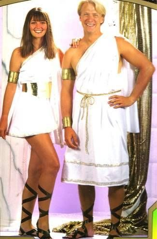 Ways to Make Togas with Fabric