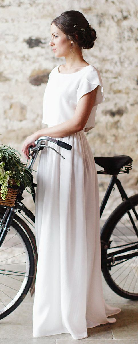 Bespoke bridal separates by Ailsa Munro Dressmaker photo by Rachel Rose Photography