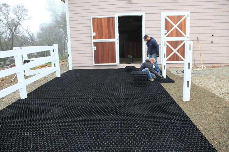 Paddock And Stall Flooring Barn To Build Horse Barn