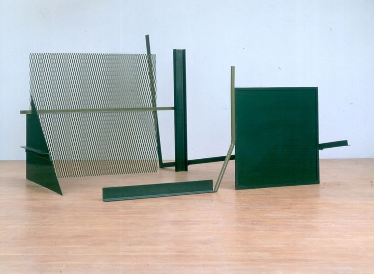 Anthony Caro, The Window, 1966-67, 215 x 320 x 390cm. Photo: John Riddy, courtesy of Barford Sculptures   http://abstractcritical.com/article/steel-sculpture-part-i-from-gabo-to-caro/