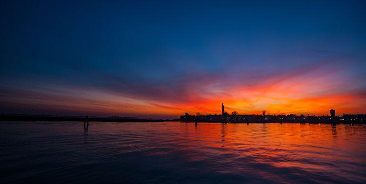 Ecco 5 trucchi per rendere le tue foto di tramonti ancora più incredibili: http://blog.glyphs.it/5-trucchi-fotografare-un-tramonto/