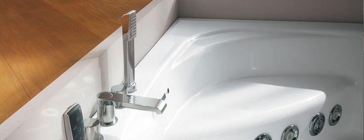 Oltre 25 fantastiche idee su arredo vasca da bagno su - Sognare vasca da bagno ...