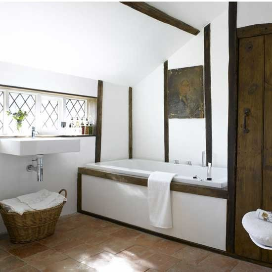 Best 25 modern country bathrooms ideas on pinterest for Country cottage bathroom design ideas