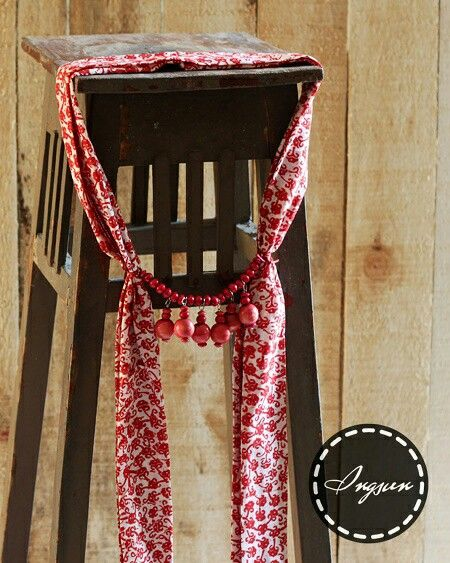 Biyasa shawl necklace - stamped batik parish shawl  Price : idr 90k  WA +6285229848246 LINE @ingsun [pakai @ yaa..] BB pin 7ce3de2a  #batik #batikindonesia #indonesia #jumatbatik #kebaya #tenun #kartini #bajuetnik #kalungetnik #asesorisetnik #kalungbatik #ethnicnecklace #ootd #photographysouls #ethniclook #vintage #antique #ethnicscarf #ethnicshawl #batikscarf #batikshawl #handmade #localbrand