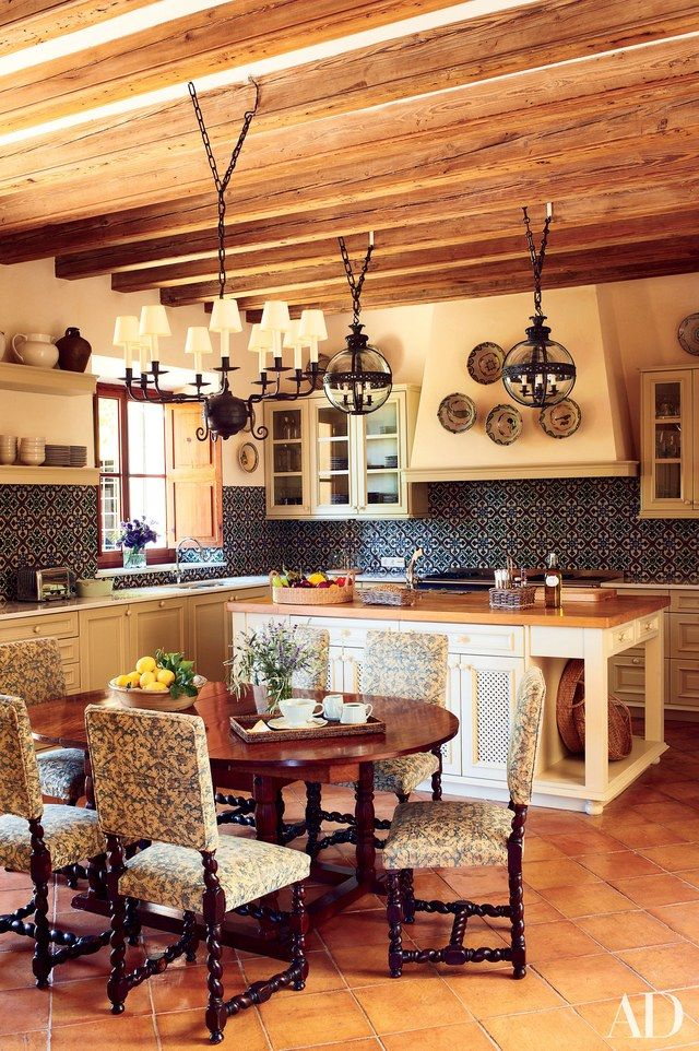 15 spectacular before and after kitchen makeovers - Paul Ferrante Chandelier