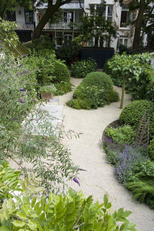 organic gravel patio shape | repinned on toby designs