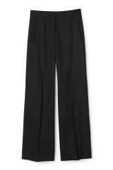<p>The Pink Trousers are a pair of high-waisted trousers with a flattering wide leg. Made from super soft tencel lyocell, these trousers have a seam detail across the hem and press folds along the legs for a neat finish.</p><p>- Size 38 measures 75,50 cm in waist circumference and 81,50 cm inseam.</p>